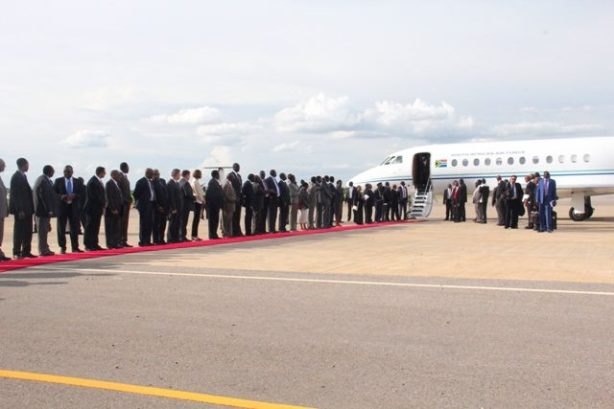 SPLM G-5 arrives in Juba: Deng Alor Kuol, Ex-minister of cabinet affairs; Kosti Manibi Ngai, Ex-minister of finance & eco-planning; Cirino Hiteng Ofuho, Ex-minister in office of Kiir; John Luk Jok, Ex-minister of Justice; and Madut Biar Yel, Ex-minister of telcom & postal services.