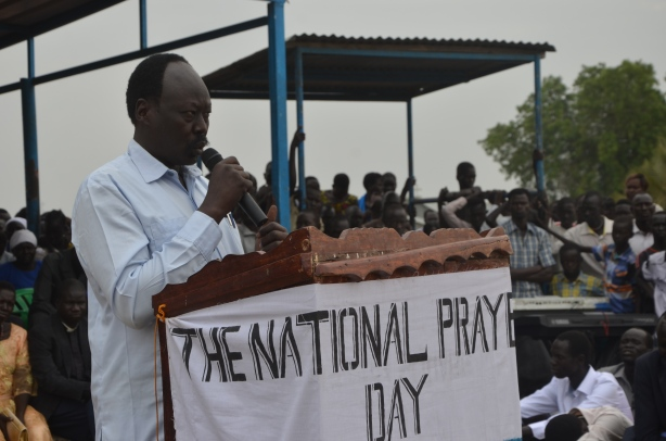 Governor Philip Aguer addressing national prayers day March 10 2017 picture by Mach Samuel - Copy (1)